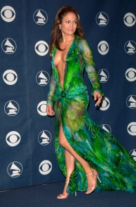 Jennifer-Lopez-Keid-Grammy-Verleihung-Jahr-2000-Versace-3