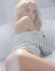 playboy-2017-playmate-calendar_seite_06